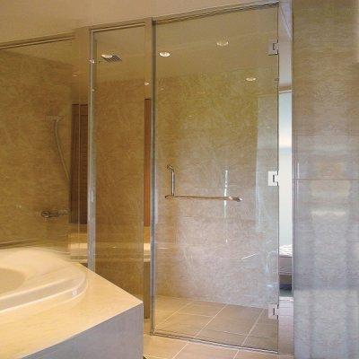 画像2: 【特別企画第2弾】L型ハンドル付き浴室ガラスドアセット