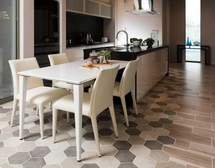 天板と脚の色を別々に選べる「テーブル」