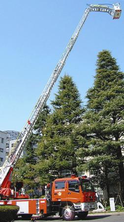 新型はしご付き消防自動車