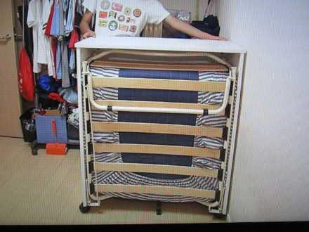 「ぷちデスクベッド」机の裏のベッド