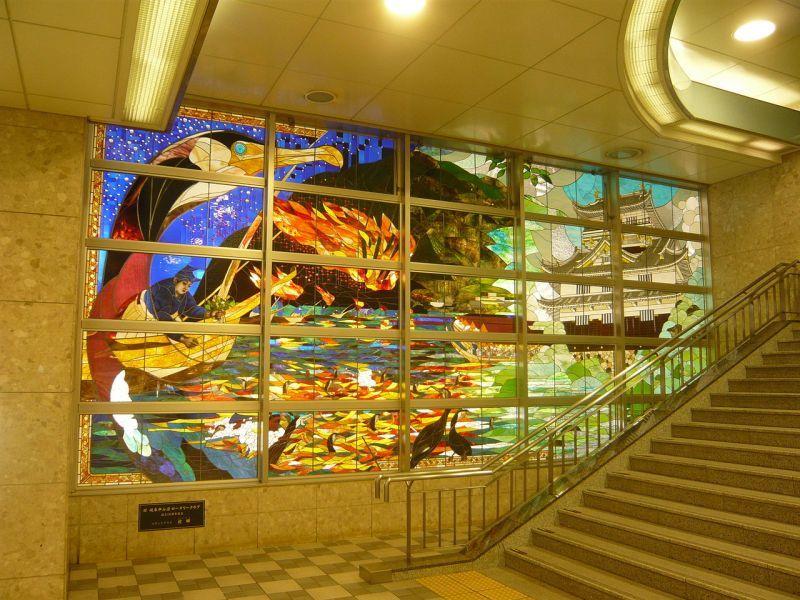 岐阜駅のステンドグラス