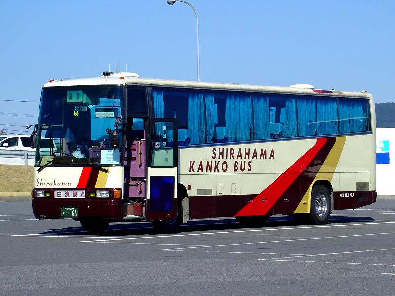 バスのプラグドア
