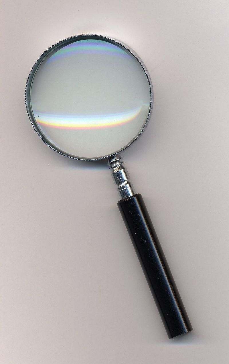 拡大鏡.最も典型的な手持ちタイプ