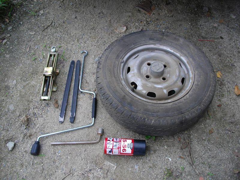 5-56とタイヤ、工具