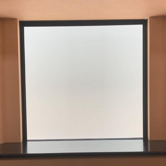 『スマート窓ブラインド』半透明(OFF)