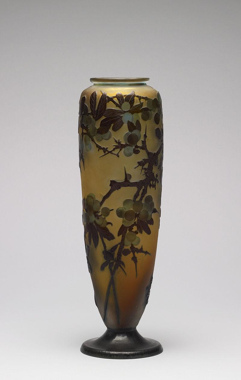 エミール・ガレの酸エッチングされた花瓶