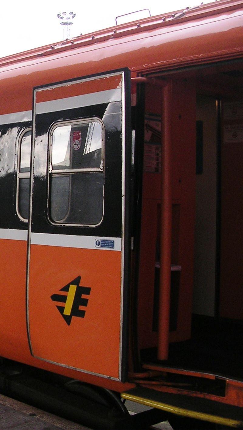 イギリス国鉄マーク3客車の自動扉