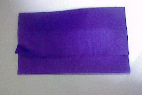 紫色の袱紗(ふくさ)