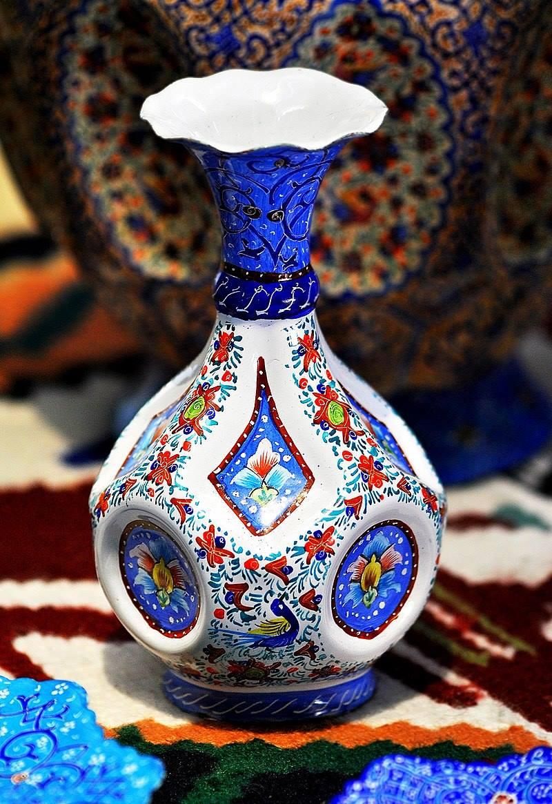 琺瑯(ほうろう)製の壺